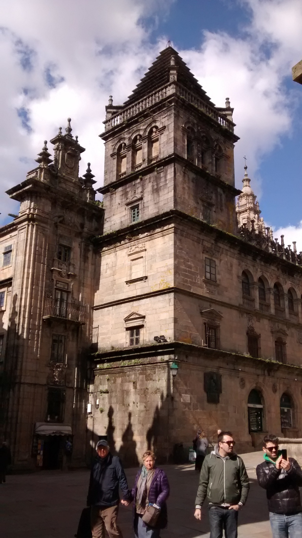 En Platerías - Torre del Tesoro