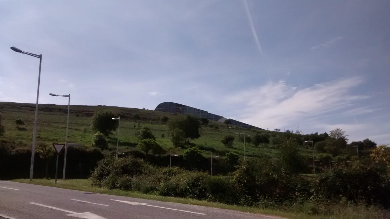 Vista general del monte Gaiás desde rúa de Diego Bernal