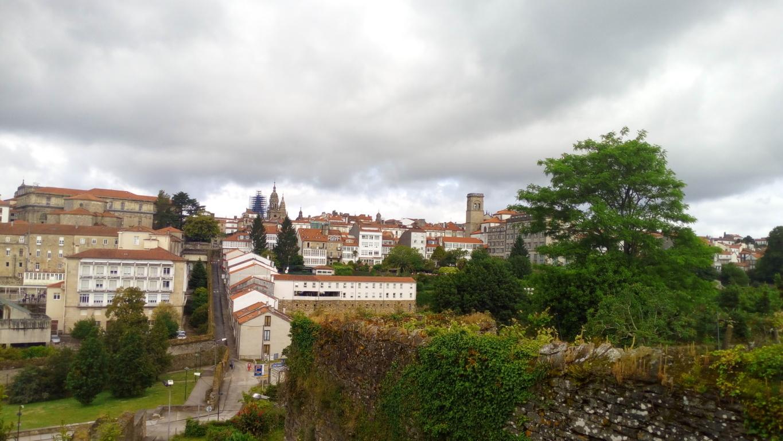 Desde parque de Belvís zona central de la ciudad (Compostela Este)