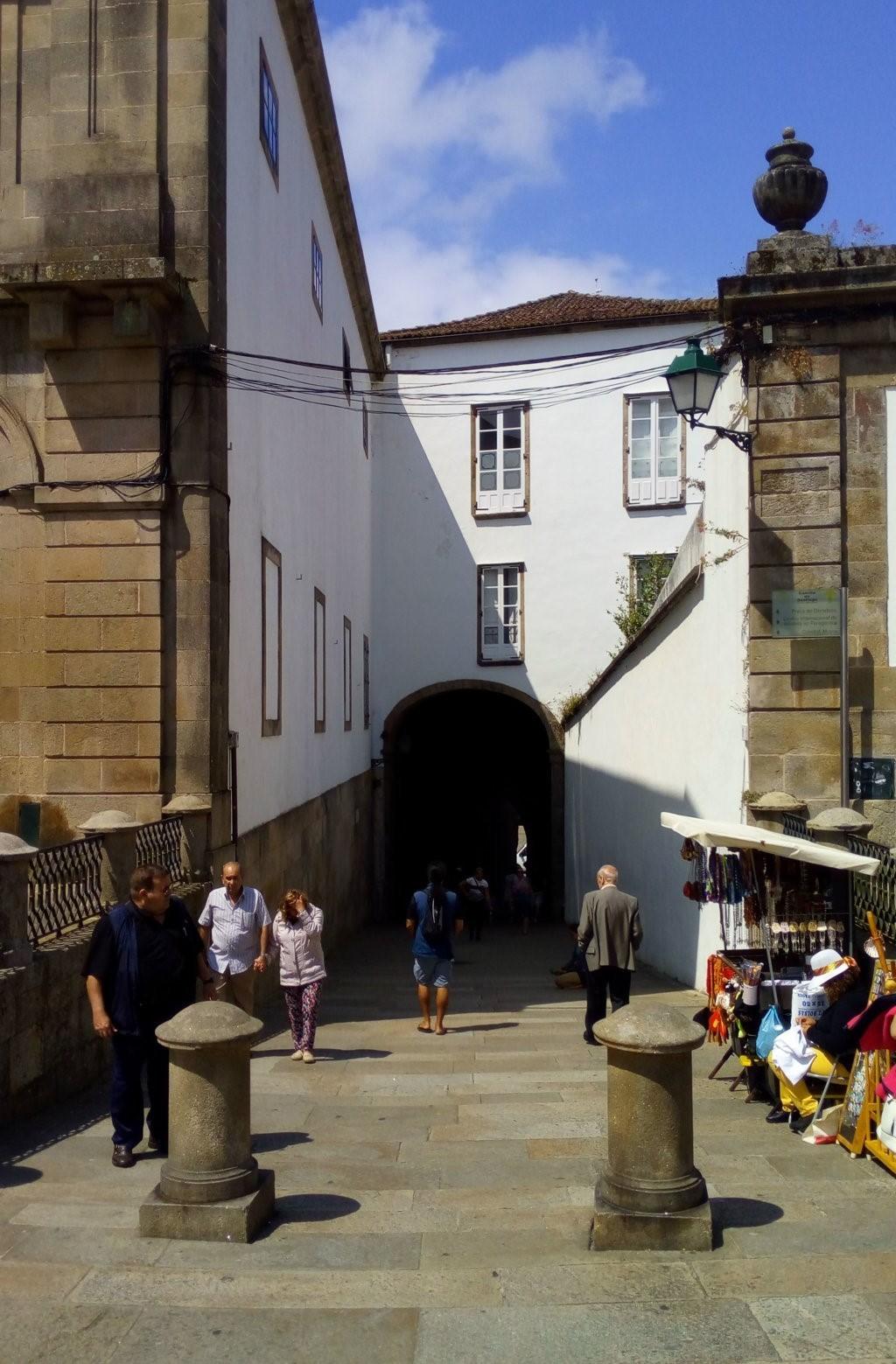 Acceso a la plaza del Obradoiro