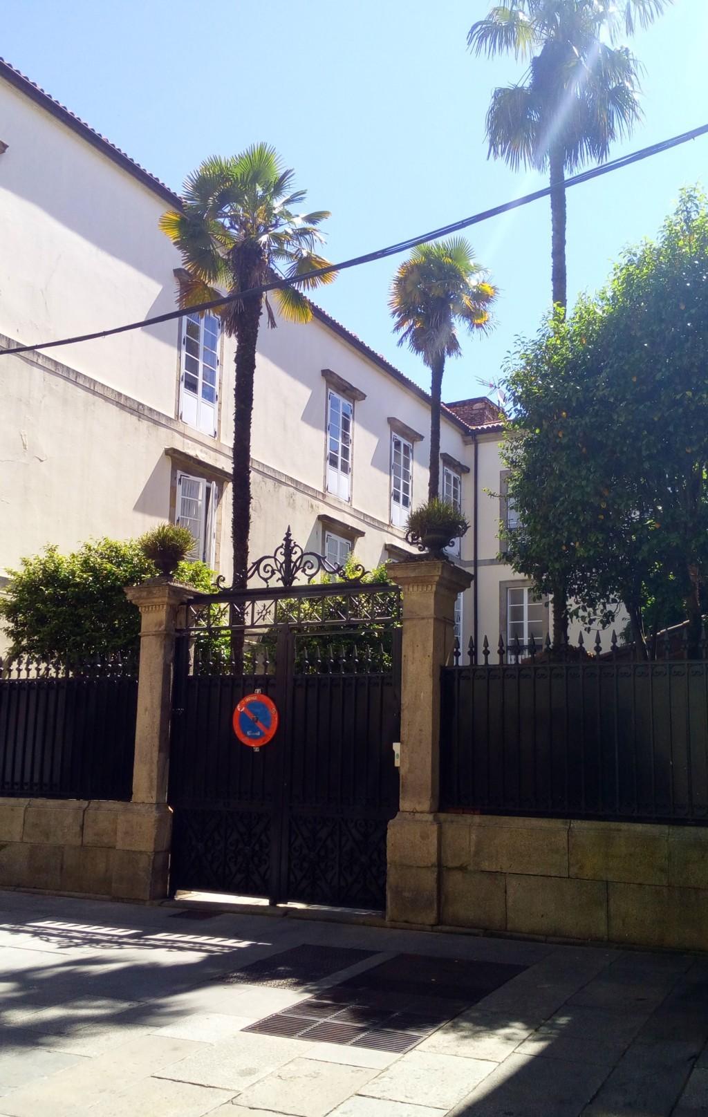 Foto 10 - Patio residencia Maria Inmaculada