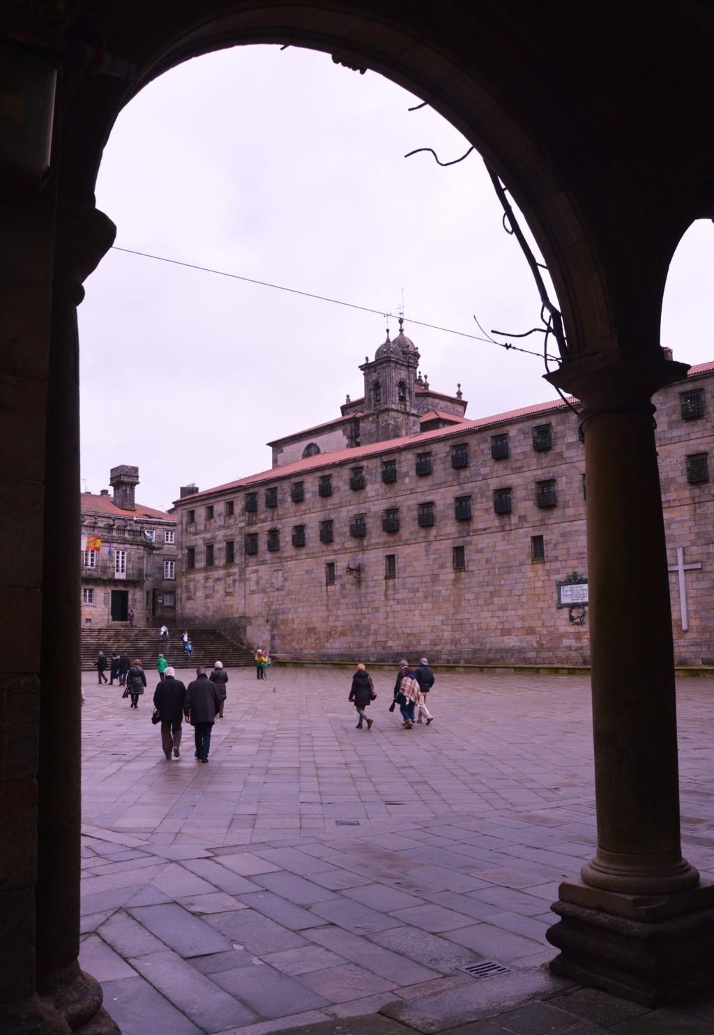 Desde la Casa de la Conga, muro del convento de San Pelayo de Antealtares