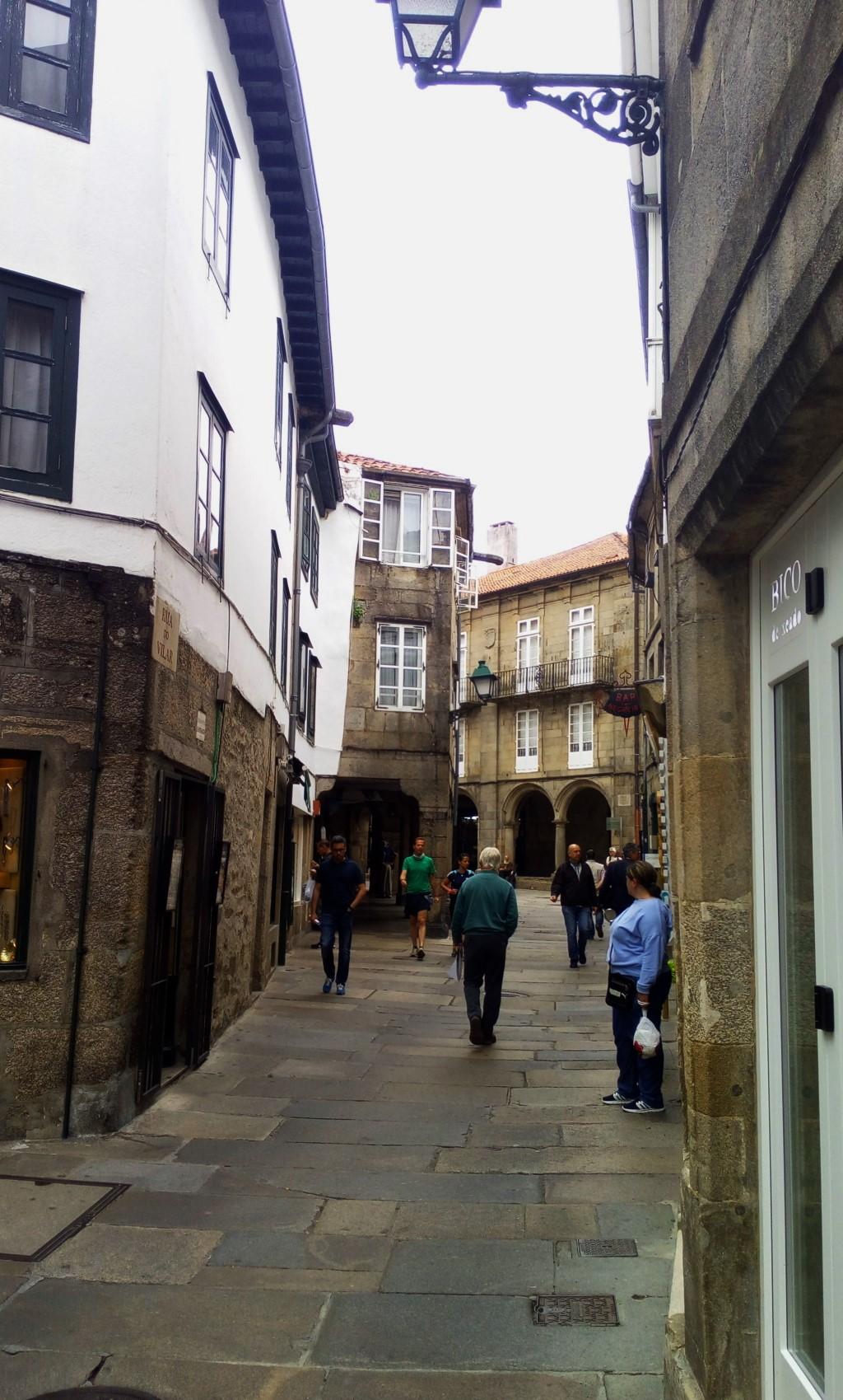 Tramo 1 - Accediendo a la Rúa del Villar desde la Rúa del Franco