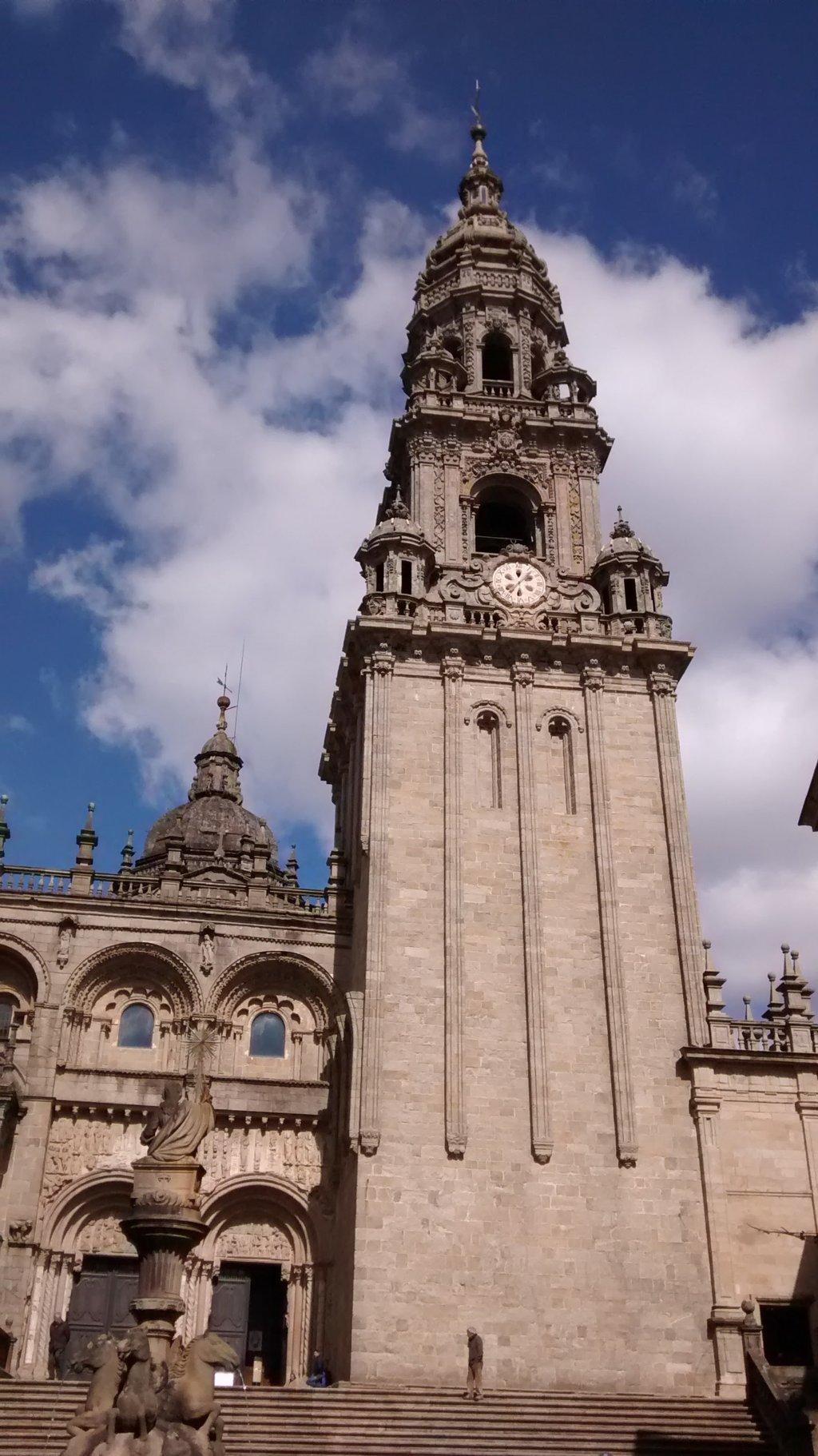 Torre de la Berenguela o del reloj desde Platerías