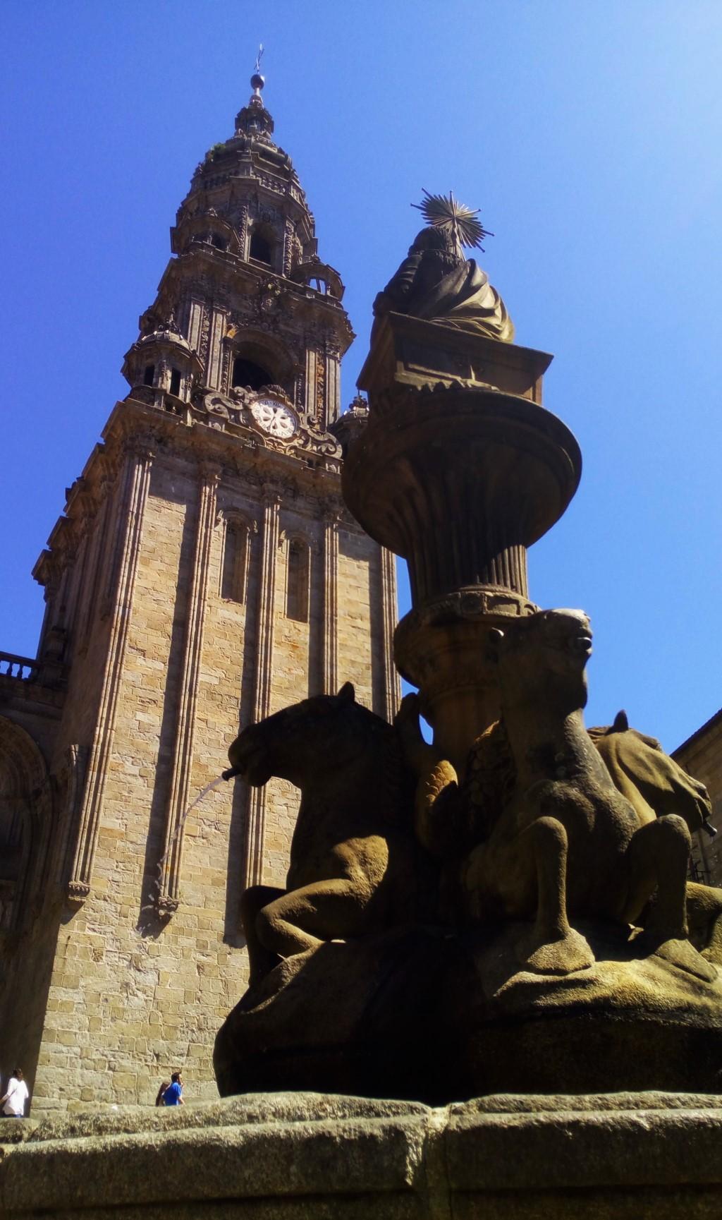 Torre de la Berenguela y Fuente de lo Caballos