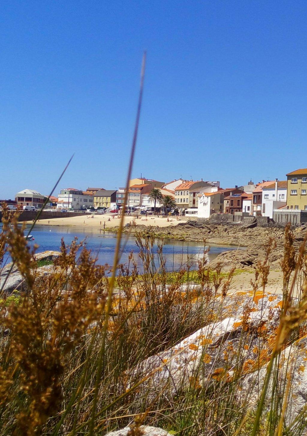 Desde A Robeiriña, Corrubedo y playa de A Robeira